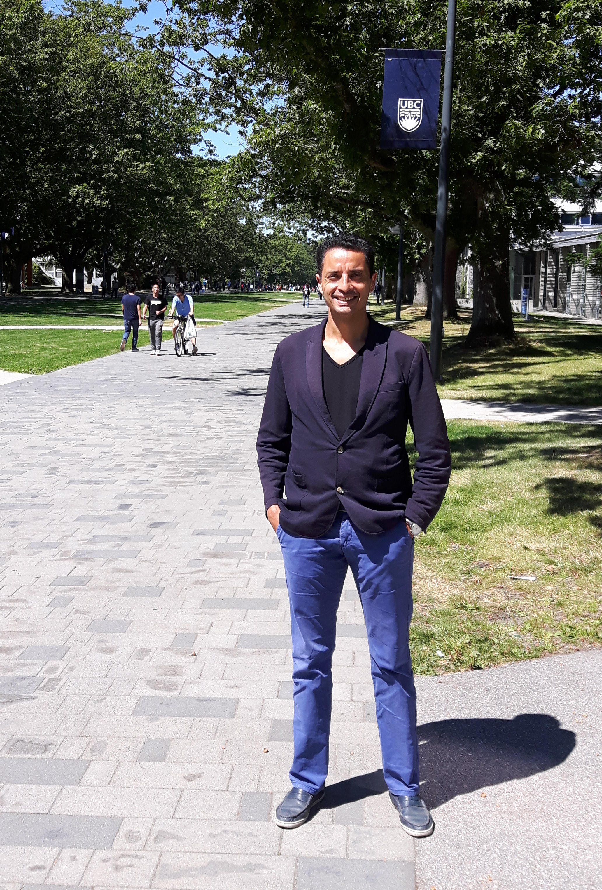 VANCOUVER – Pr. Mohamed GOUNE was in mission at the Department of Material Engineering of UBC