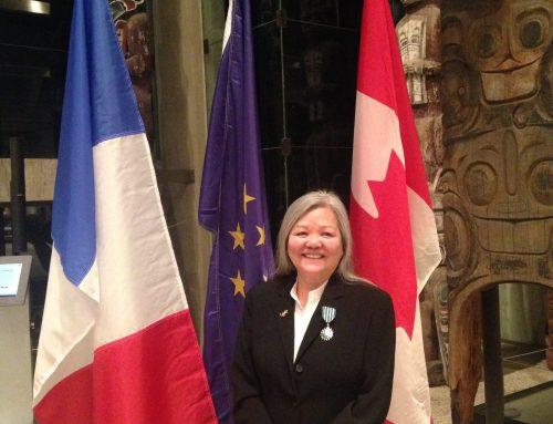 VANCOUVER – Susan Point nommée Chevalier des Arts et des Lettres